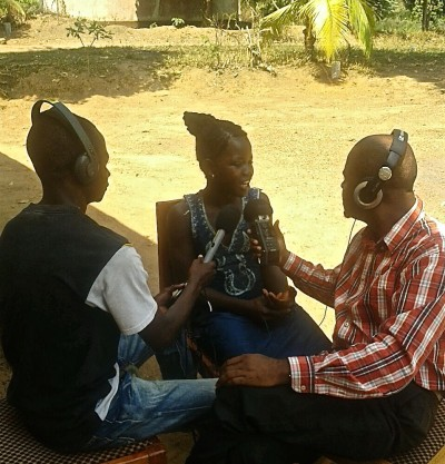 The community is involved in producing the Pikin to Pikin Tork radio project in Sierra Leone.